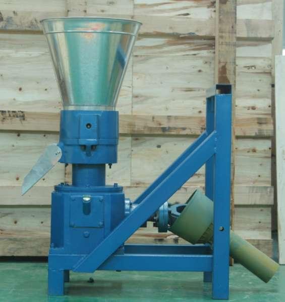 Meelko peletizadora máquina de hacer pellets de concentrados balanceados 200mm pto - mkfd