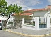 Excelente casa en VENTA, frente al TAJAMAR