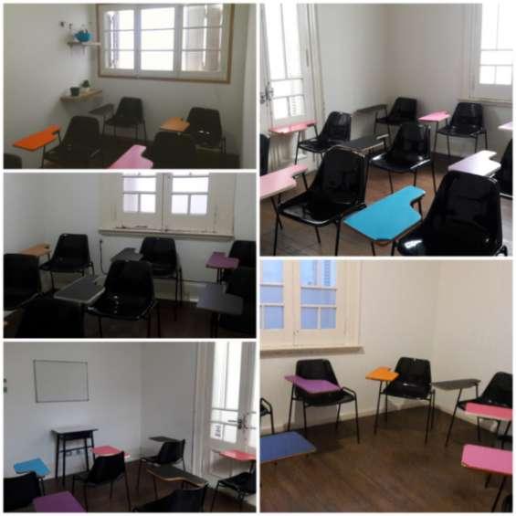 Alquiler aulas de diferentes dimensiones, equipadas.