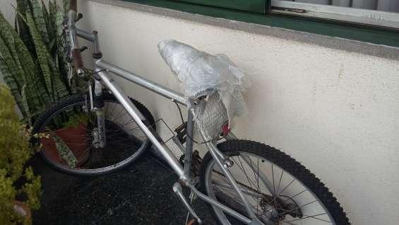 Mountain bike de aluminio rodado 26