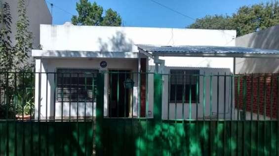 Casa 2 dormitorios 2 banos