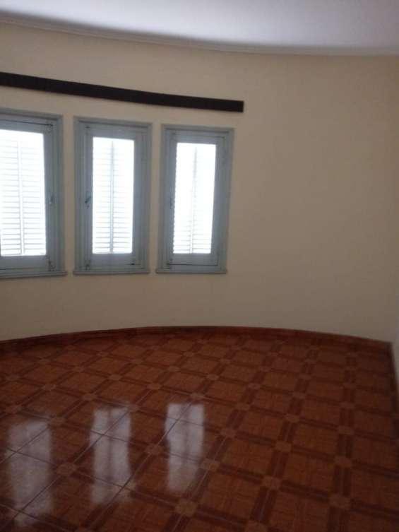 Fotos de Casa 2 pisos con cochera 13