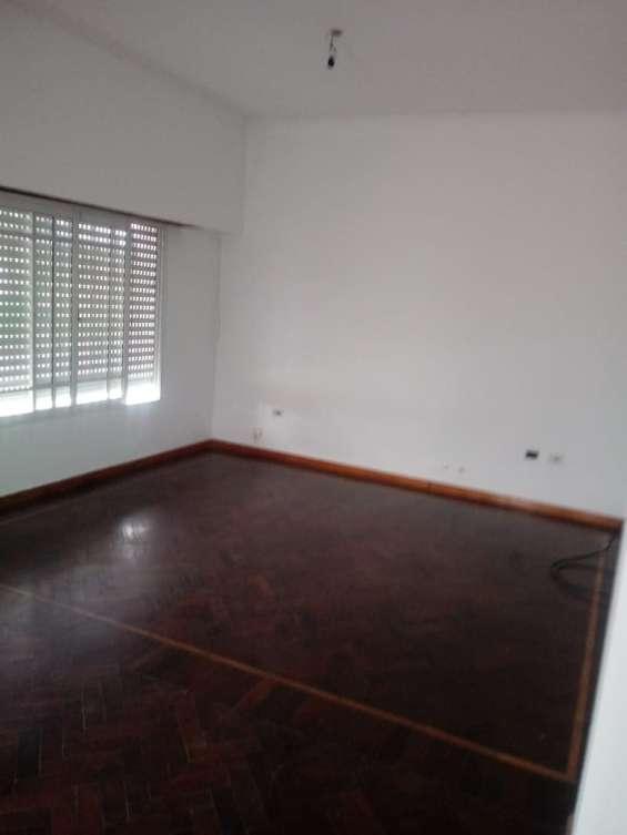 Fotos de Casa 2 pisos con cochera 4