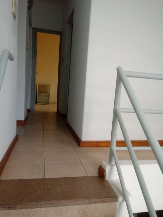 Fotos de Casa 2 pisos con cochera 11