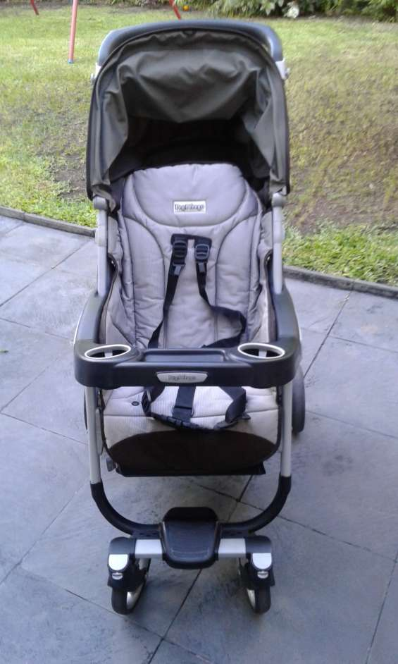 Cochecito para bebé, huevito y base