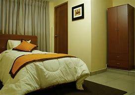 Alquiler de habitación individual,para hombre,barrio residencial.